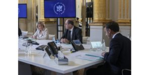 La Ministre de la Transition écologique, Mme Pompili, le Premier ministre M. Castex, et le Président de la République, M. Macron au Conseil de défense écologique du 27 juillet 2020